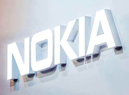Nokia Patent Leak Shows Company Might Be Preparing To Join Foldable Smartphone Race [Video]