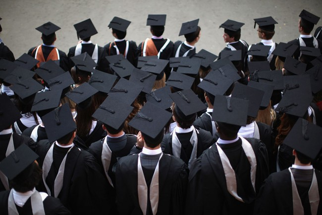 Growing Proportion Of English Students Think Degree Is A Waste Of Money