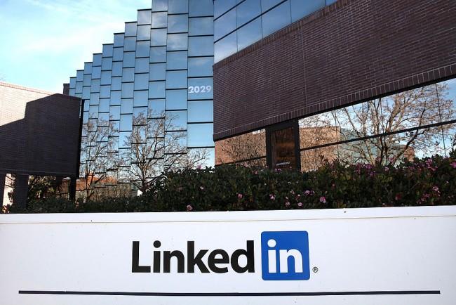 Microsoft Acquires LinkedIn For $26 Billion; Puts Pressure On Google To Respond