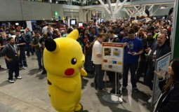 Fans wait in line to purchase Pokemon Mystery Dungeon title
