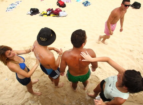 The Deadliest Form of Skin Cancer Affects 10,000 People in A Year; Experts Blame Cheap Package Holidays!