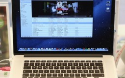 Macbook Pro vs Surface Book: Which is likely to be the winner?
