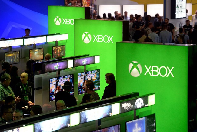 Microsoft Is Set To Launch Xbox Play Anywhere On September 13; Enabling Cross-Platform Gaming