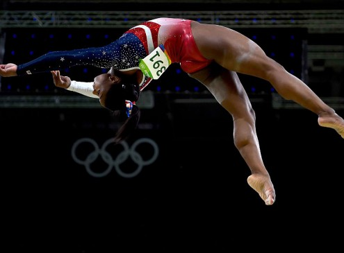 'Rio Olympics 2016' Gymnastics: Get to Know the Biggest Superstar in Rio 2016, A 4 feet 9 inches Simone Biles!