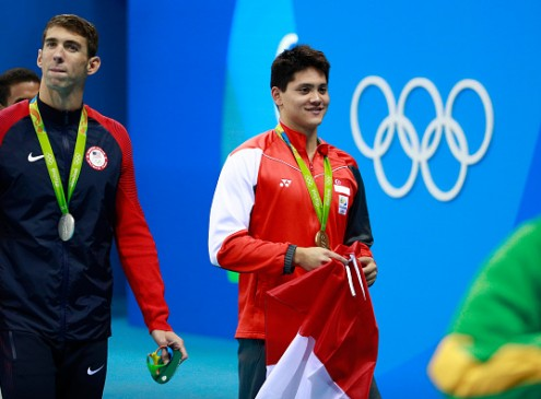 Olympic Games 2016: Michael Phelps Wins His 22nd Olympic Gold But Is Denied His 23rd Gold Medal By Singapore's Joseph Schooling!
