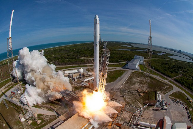 """SpaceX set to conduct its rocket engine, the """"Raptor,"""" which will be the thrusters to be used for the Mars Mission."""