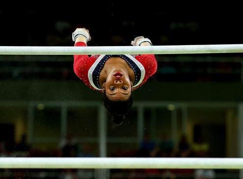 2016 Rio Olympics News: Gymnast Gabby Douglas Devastated Over 'Hurtful' Comments Online