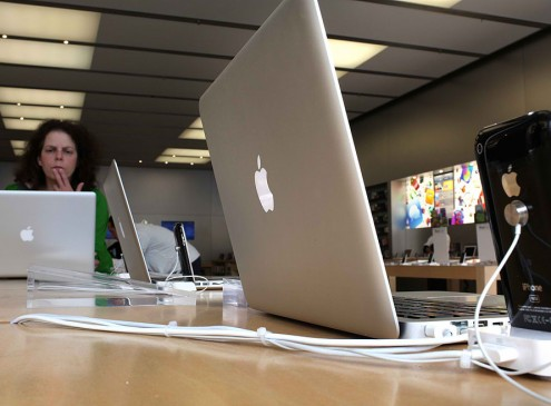 MacBook Pro 2016 Next Version is on the Works; Apple Will Not Use Kaby Lake but the Proprietary Chipset? [RUMORS]
