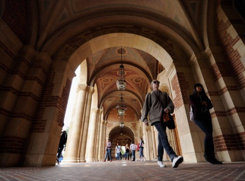 Stanford Studies 'Mobility Rate' Of American Colleges