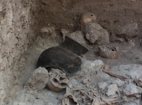 Boon Archaeologists Discover Mass Grave of Dismembered Skeletons in Mayan City