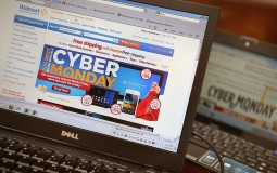 Cyber Monday money-saving tips for students
