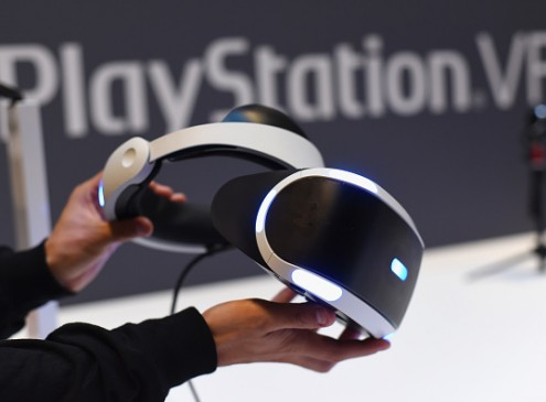 Sony Surprised By Upsurge Of PlayStation VR Sales; Sales Peak Almost At One Million Mark