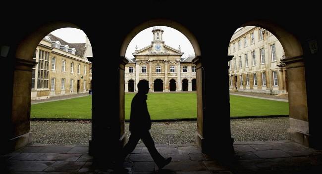 Cambridge University warns of EU admissions drop