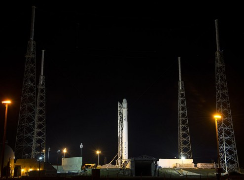 Elon Musk Relaunches Falcon 9 In January, Shows Off Rocket Nozzle For Transparency [VIDEO]