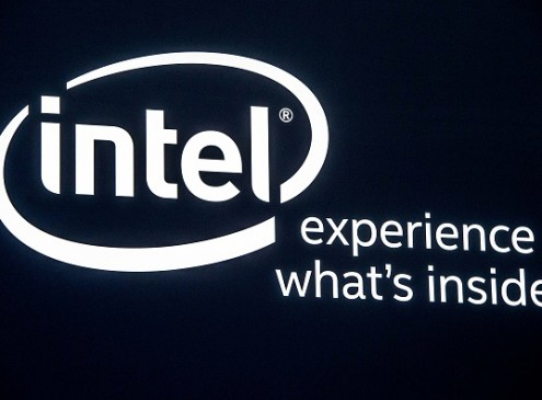 Intel Introduces A Computer The Size Of A Credit Card [VIDEO]