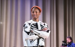 Amp Up NYC Partners With NY Daily News Bringing Grammy Winning Artist Pharrell Williams for Surprise Performance at NYC Middle School