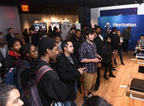 3 Reasons PS4 Pro is Way Better than PlayStation VR; Here's The Fact, Figure and Features!