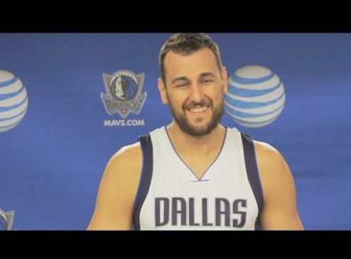 Dallas Mavericks Update: Andrew Bogut Comes Off Bench Voluntarily
