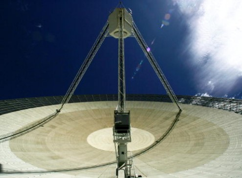 Scientists Detect 'Fast Radio Bursts' From Beyond The Milky Way And Found Its Source [Video]