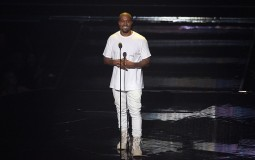 Kanye West performs onstage during the 2016 MTV Video Music Awards