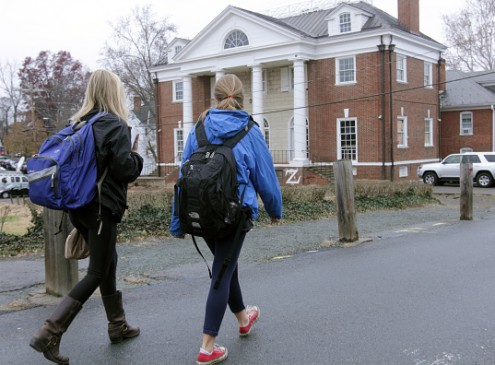 Thinking of Living Off Campus? Here are Some Things to Consider