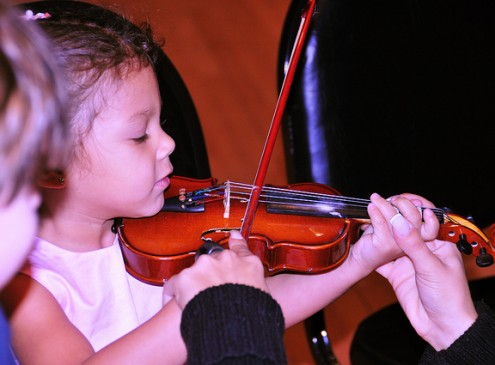 Playing an Instrument As a Child Keeps Brain Sharp in Later Life, Study
