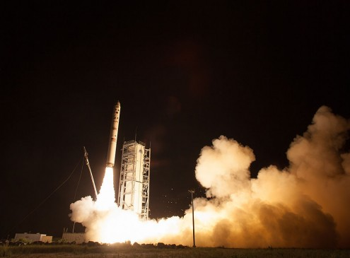 NASA's Space Launch System Gets Critical Support From Commercial Space Industry