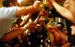 College students engage in heavy drinking