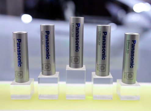 Lithium-Ion Battery Co-Inventor Develops New Solid-State Battery Formula: A Game-Changer For Gadgets & Other Devices [VIDEO]