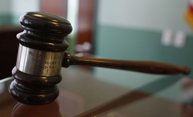 Chicago State University agrees to court order of paying whistleblower