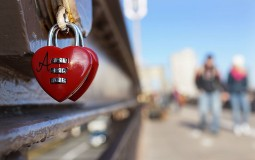 NYU offers course on love