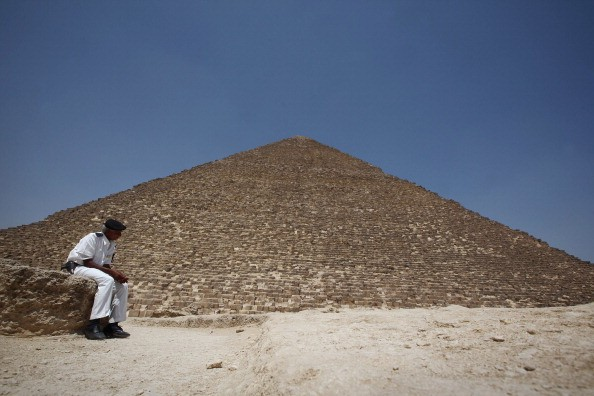 Archaeologists Discover a King Sneferu's 3,700 Year Old Pyramid