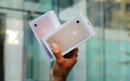 A Lot Of People 'Accidentally' Break Their iPhones When A New Model Is Launched