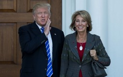 Betsy DeVos (R) has withdrawn protections for student loan borrowers