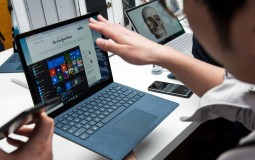 Microsoft Surface Laptop Versus Apple MacBook Air
